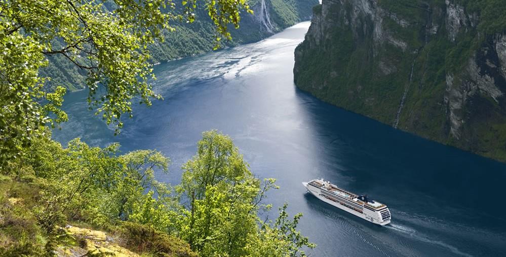 Panorama ed escursioni sui Fiordi